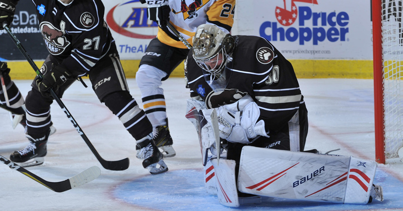 Vanecek Stops 40, Bears Beat Pens to Earn First Win