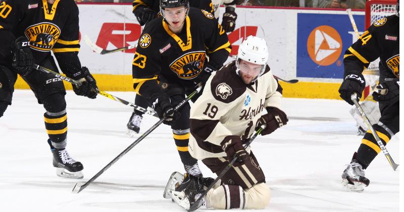 Bruins Blank Bears, 3-0