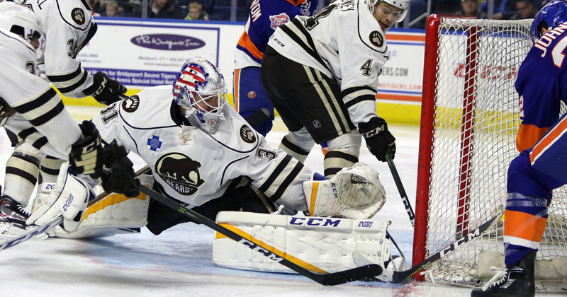 Bears Stun Sound Tigers with 3-1 Win