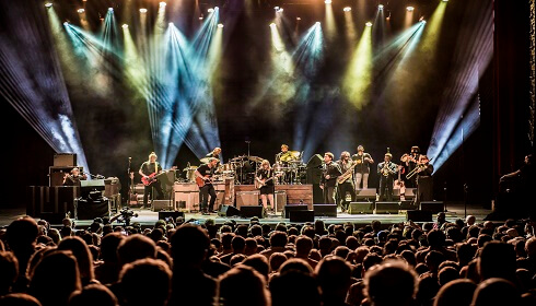 Tedeschi Trucks Band feat. The National Reserve