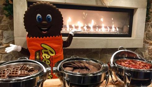 HERSHEY'S Character Breakfast Buffet at Hershey Lodge