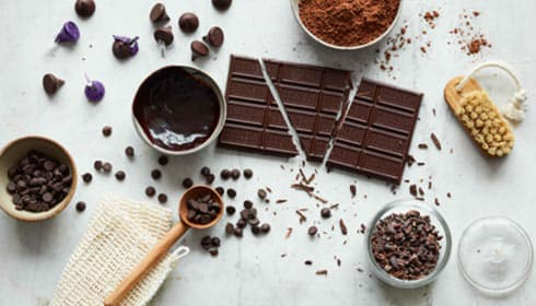 Exclusive HERSHEY'S Dark Chocolate Treatments