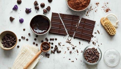 Exclusive HERSHEY'S Dark Chocolate Treatments