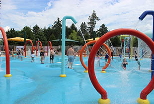 The Shoreline Sprayground in action at Hersheypark