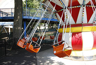 Swing Thing Ride at Hersheypark