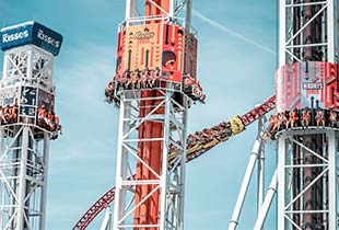 The Hershey Triple Tower� in action at Hersheypark