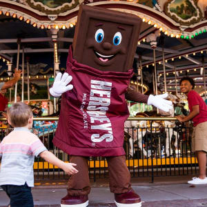 Hershey Bar character dancing at Hersheypark