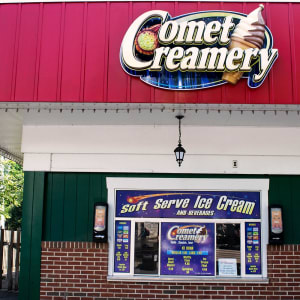 Comet Creamery food stand signage