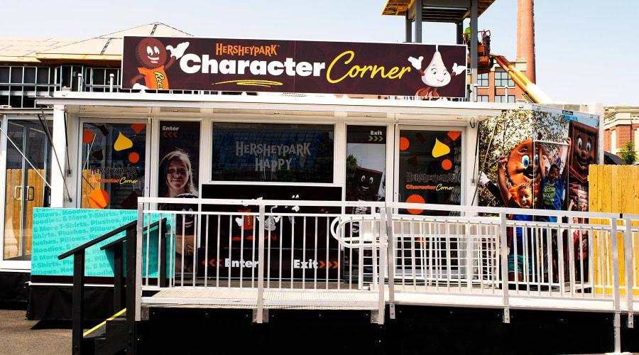 Hersheypark Character Corner shop