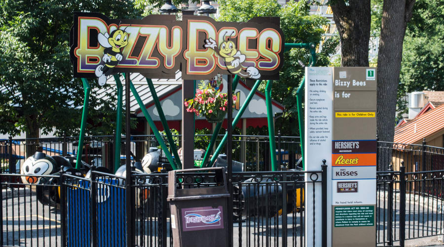 Bizzy Bees Ride at Hersheypark